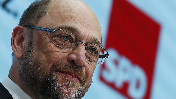 Kanzlerkandidat Schulz küsst die SPD wach