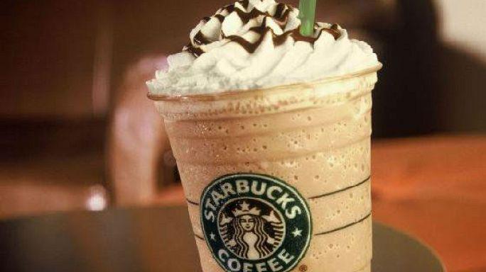 Menekülteket vesz fel kávézóiba a Starbucks