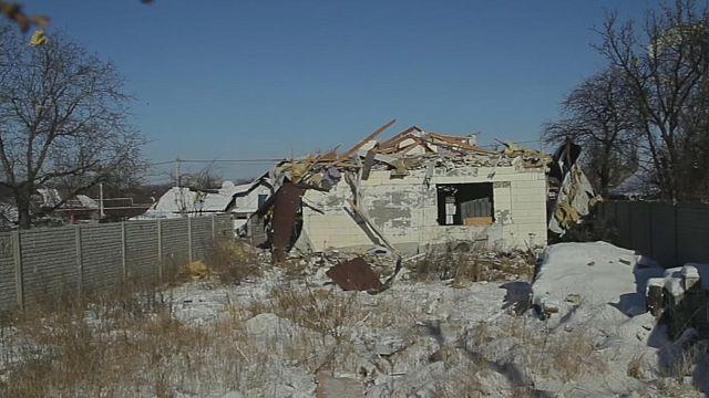 Fighting in east Ukraine surges