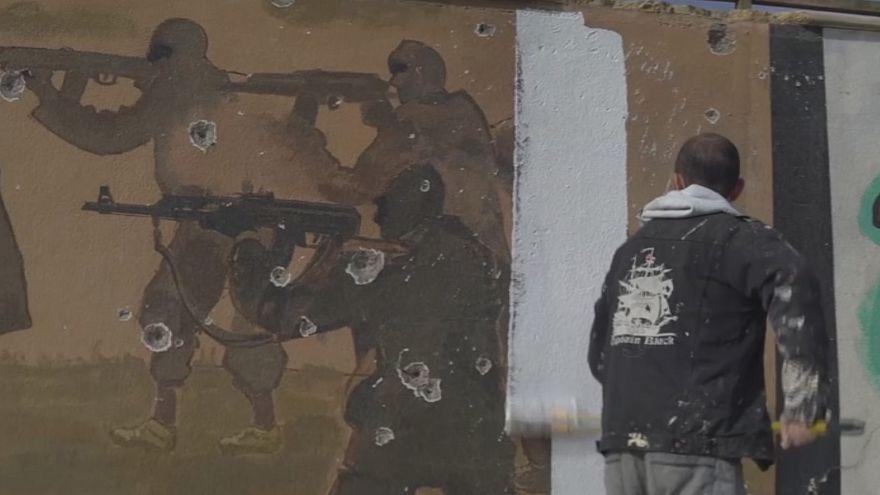 Mosul: cancellare i murales dell'Isil, un atto di libertà