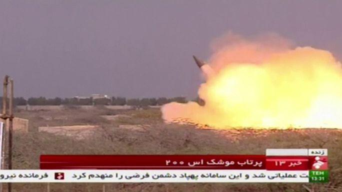 Közepes hatótávolságú rakéta tesztje Iránban