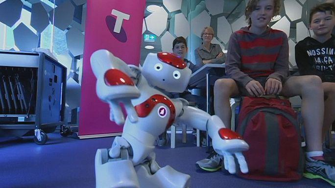 Classroom robots prepare pupils for high-tech industry