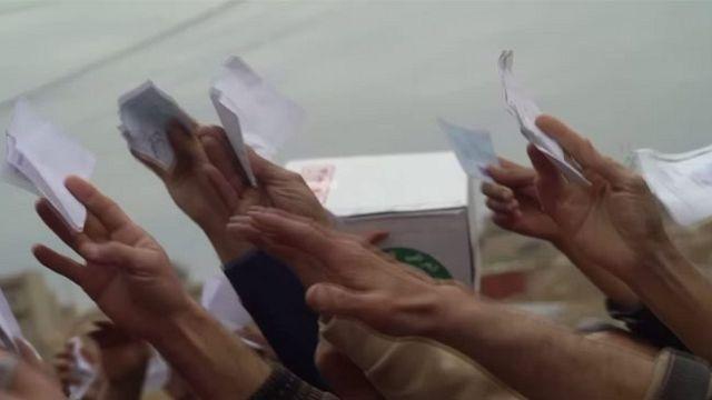 Dulakodás a segélycsomagért Moszulban