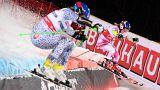 Shiffrin dilata liderança com vitória no slalom paralelo