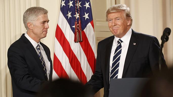 تسمية المحافظ نيل غورسوتش في المحكمة الأمريكية العليا