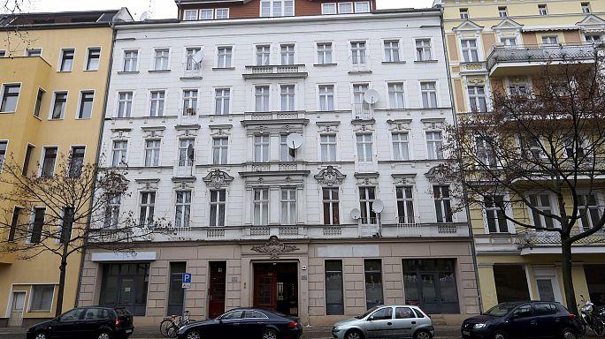 Razzia in Berlin: 3 mutmaßliche IS-Anhänger festgenommen