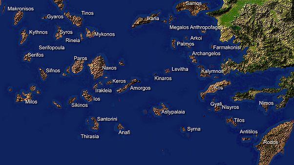 """""""Yunanistan Ege'deki adaları silah deposu ve karakol haline getirdi"""""""