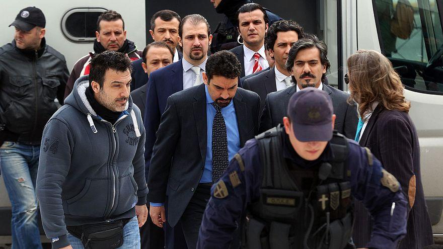 Yunanistan'a kaçan darbeci askerlerin tutukluluğu devam edecek