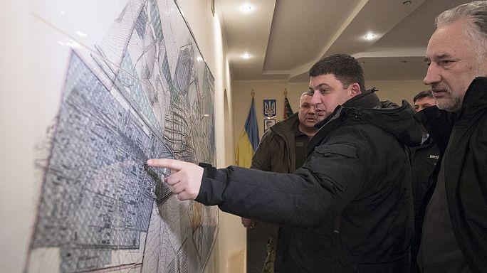 Primeras evacuaciones en la ciudad ucraniana de Advéyevka tras choques entre Ejército y rebeldes prorrusos