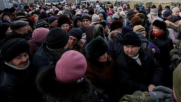 A fagy elől mentik az embereket Kelet-Ukrajnában