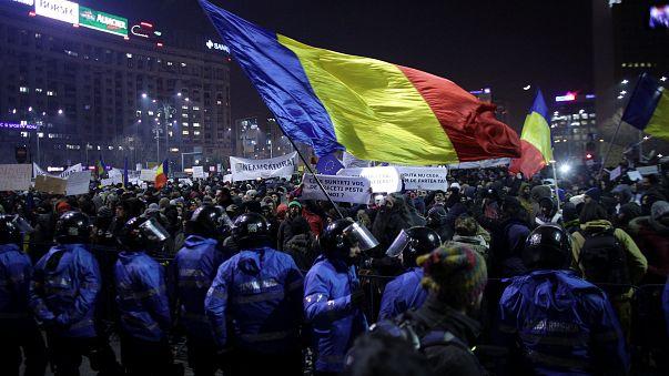 A rendszerváltás óta nem tüntettek ennyien Romániában
