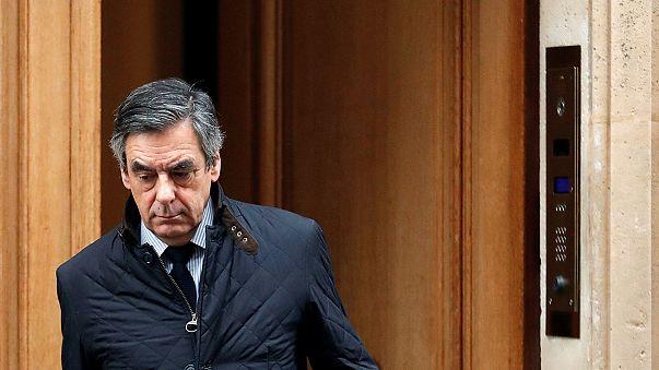 Fillon dice que no se retira a pesar de la investigación contra su mujer