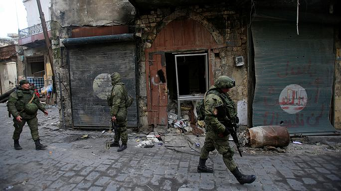 قوات الأسد وفصائل درع الفرات على مشارف مدينة الباب
