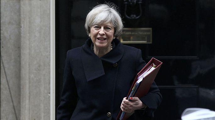 Előállt brexit forgatókönyvével a brit kormány