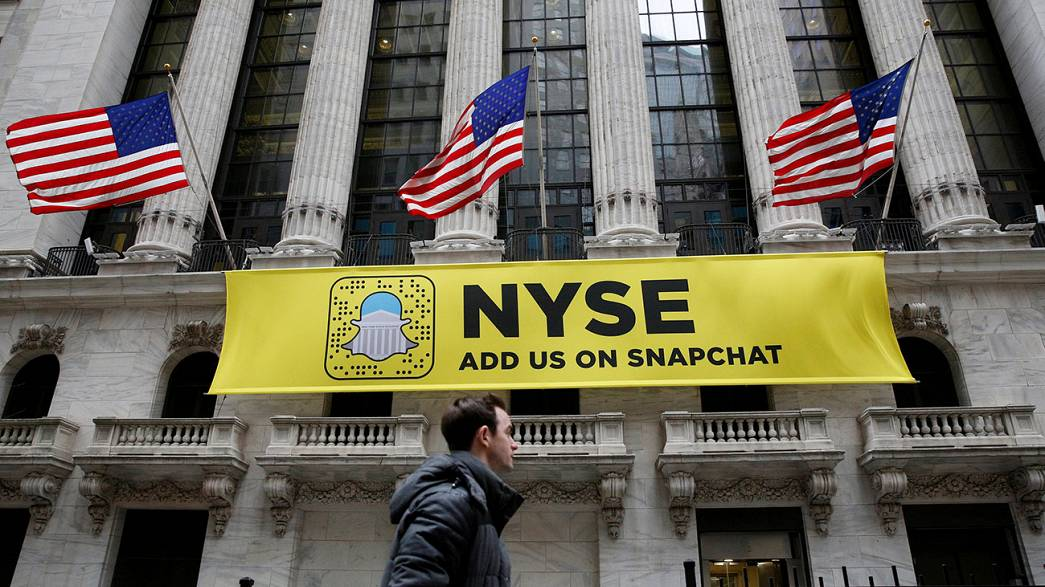 Snapchat sets out its stall for huge shares sale