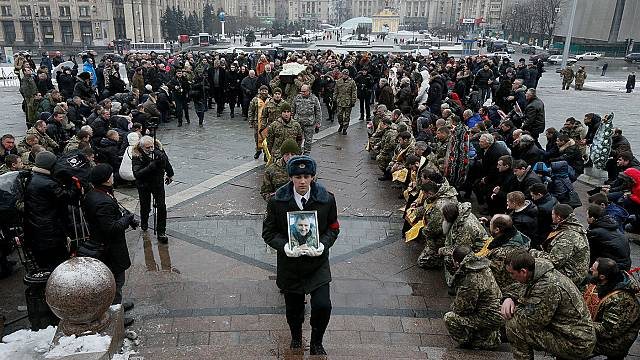 Global calls for constraint amid new flare-ups in eastern Ukraine