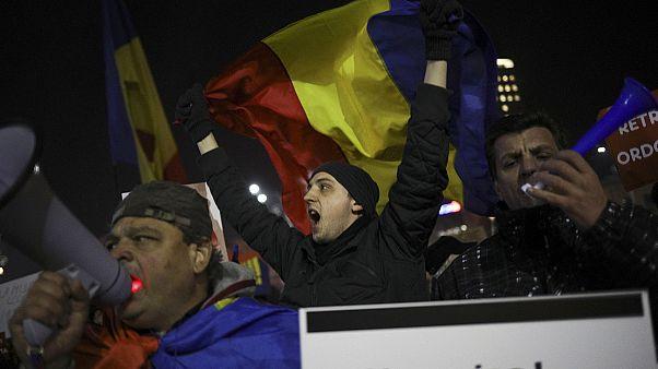 الفساد ينخر رومانيا...والحكومة تريد تخفيف العقوبات على مرتكبيه!