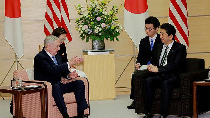 """BIlaterale USA-Giappone, Mattis: """"Immutata alleanza e piano di difesa"""""""