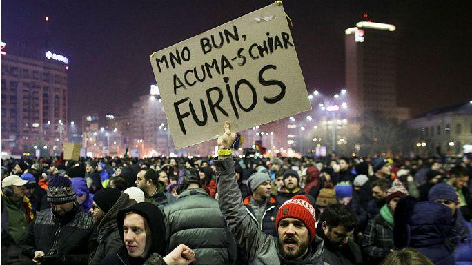 Global populism, Romanian resistence: View