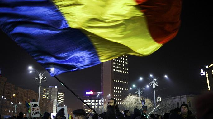 Romania to withdraw contentious graft decree