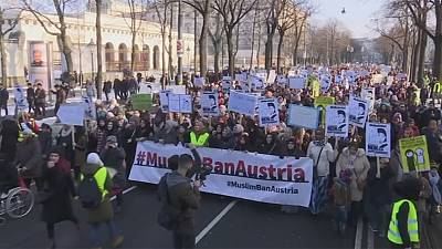 Austria: Protesters denounce plans to ban full-face Muslim veils