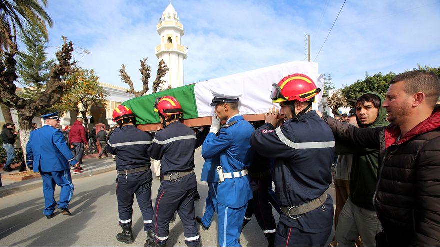 القتيلان الجزائريان في الاعتداء على مسجد كِيبيكْ يواريان التراب في الجزائر العاصمة