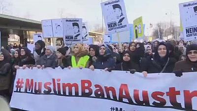 Autriche : le voile islamique fait débat
