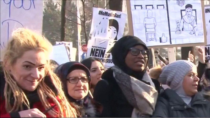 Austria : veil ban protest