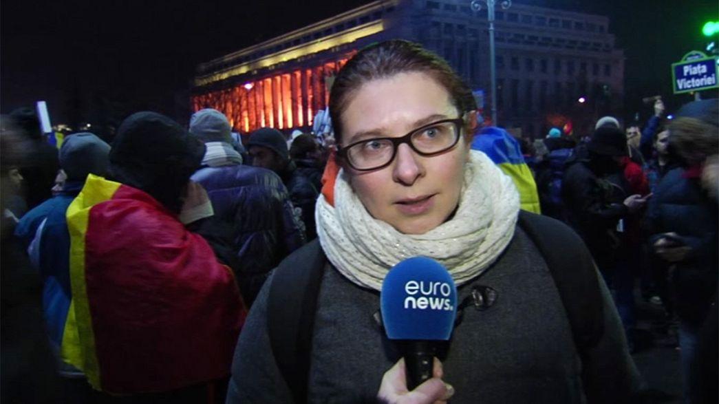 """Roumanie : le gouvernement recule face aux manifestations contre son décret """"corruption"""""""