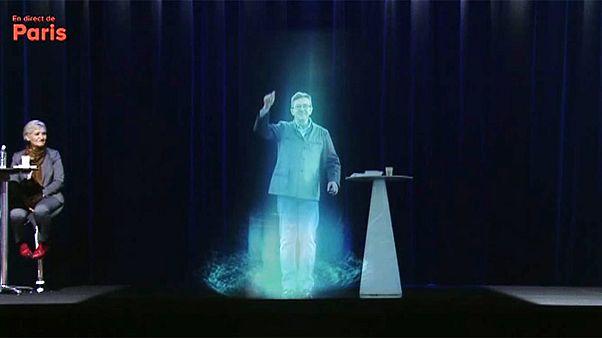 Wahlkampfauftakt in Frankreich : Linker Politiker als Hologramm