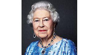 Queen Elizabeth celebrates sapphire Jubilee