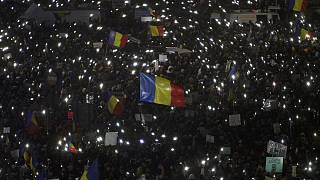 Romania government calls for calm amid confusion over corruption plans