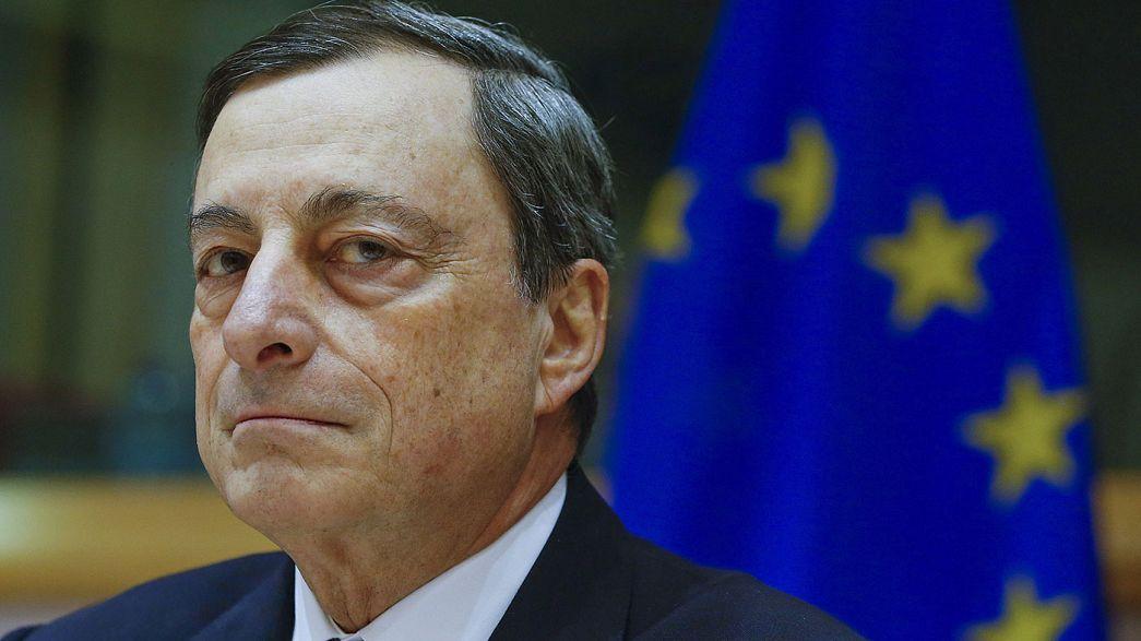 """Draghi se dice """"muy preocupado"""" por la desregulación financiera que ha iniciado Trump"""