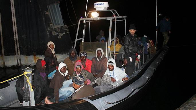 L'Ue promette sostegno alla Libia per fermare il flusso dei migranti