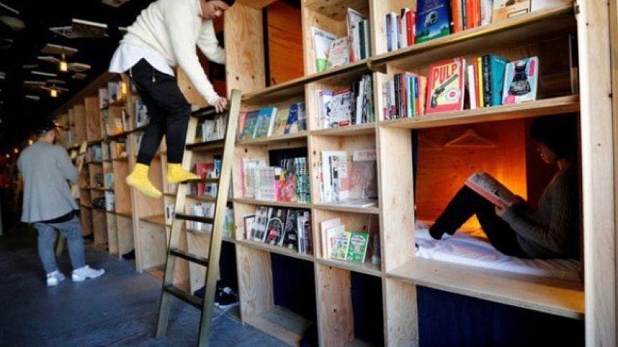 Japonya'da yeni bir konaklama konsepti: Kitap ve Yatak
