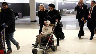 Девочку из Ирана пустили в США для лечения