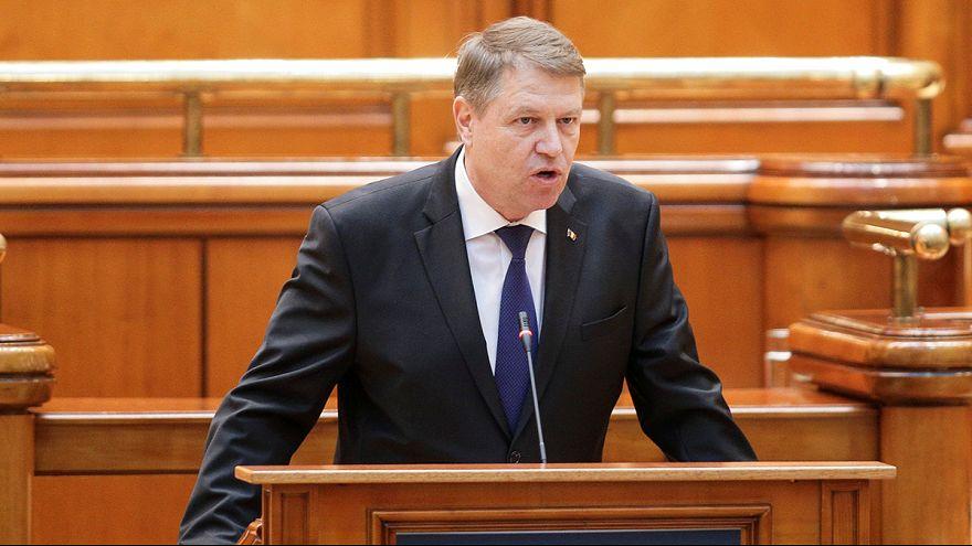 Crise en Roumanie : le président s'en prend au gouvernement