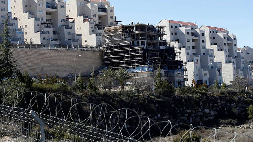 Una ley aplaudida por los colonos israelíes y condenada por los palestinos y la comunidad internacional