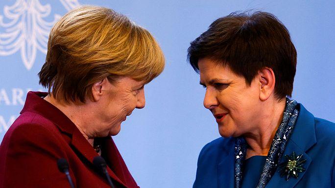 Merkel sprach in Warschau Demokratiedefizite an