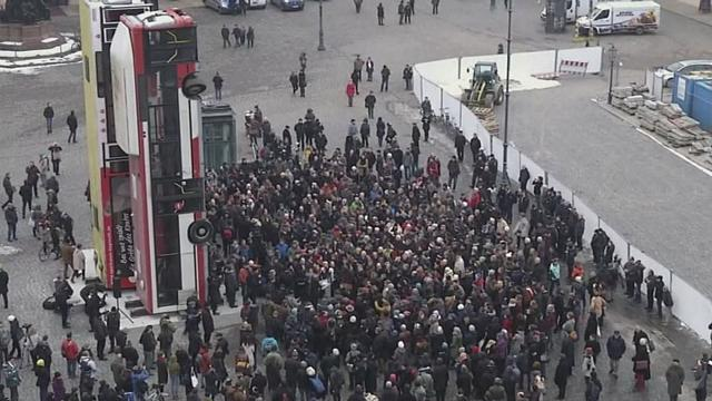 Ultraderechistas intentan boicotear en Dresde la inauguración de un monumento por la paz en Siria