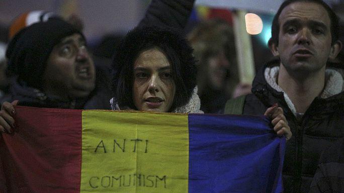 Rumeni ancora in piazza per chiedere le dimissioni del governo
