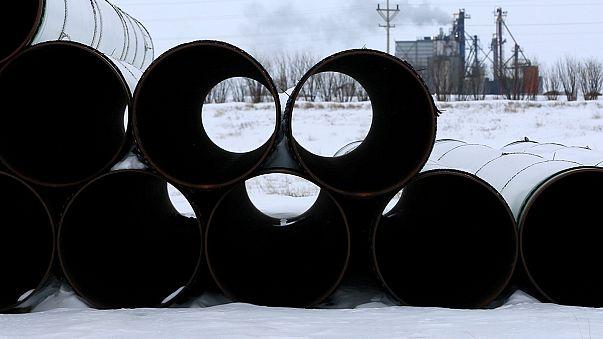 إدارة ترامب تحيي مشروع أنابيب النفط في داكوتا