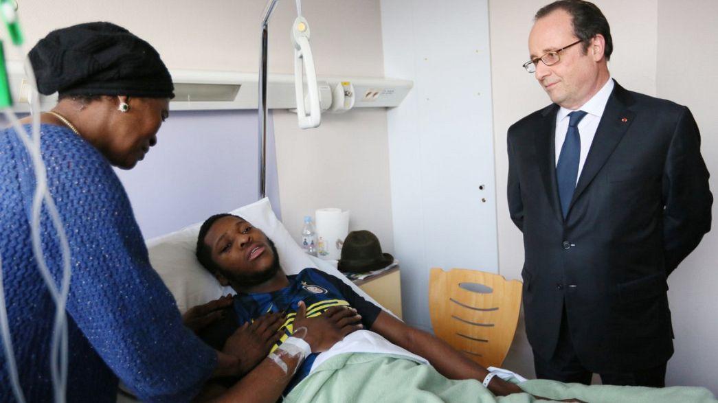 Fransa Cumhurbaşkanı Hollande polisin darp ettiği genci ziyaret etti