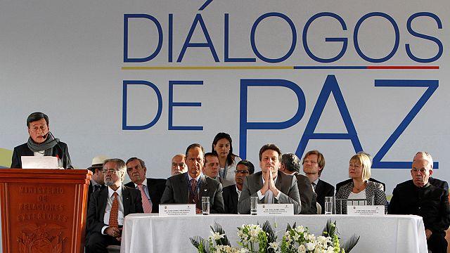 Kolombiya hükümeti FARC'tan sonra ELN ile barış masasında