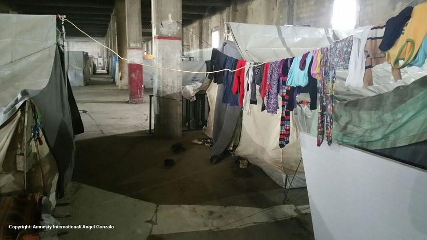 Διεθνής Αμνηστία: Ακατάλληλα τα κέντρα φιλοξενίας προσφύγων στην Ελλάδα