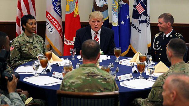 Almuerzo con las tropas