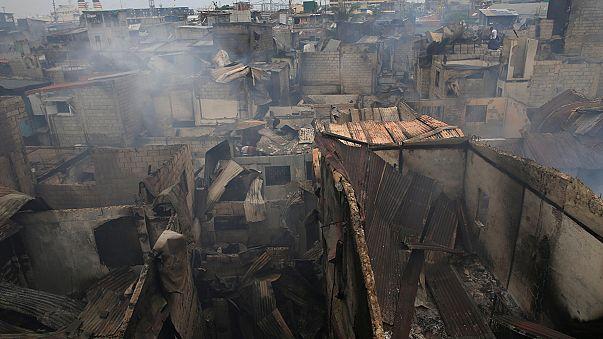 Tűz ütött ki egy manilai nyomornegyedben