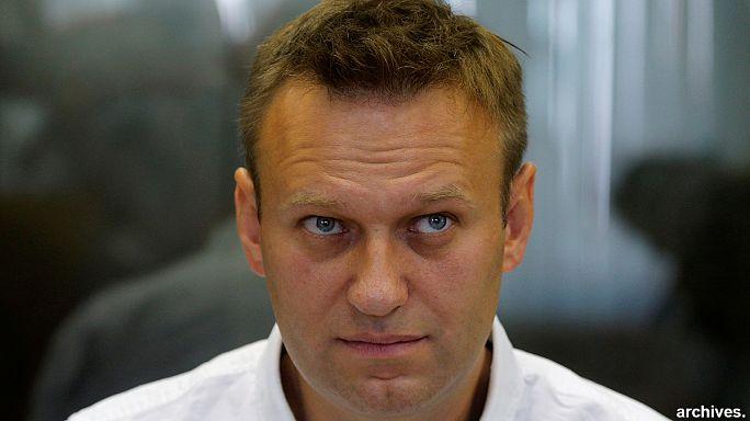 Condamné, l'opposant russe Alexeï Navalny reste candidat face à Poutine