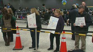 Снизилось число забронированных авиабилетов в США