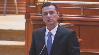 Parlamento romeno rejeita moção de censura